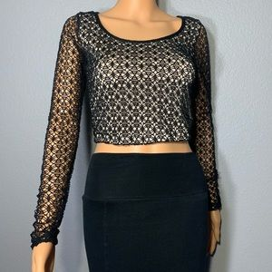 """Tops - """"Lace"""" Cutout Patterned Crop Top"""